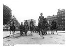 Foto Mars van Duitse troepen in Parijs