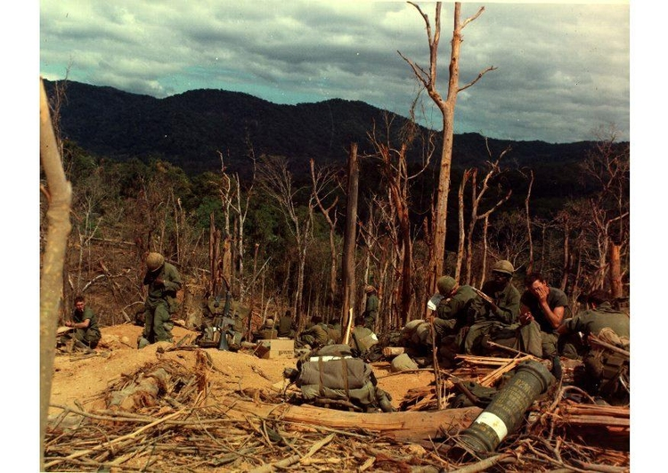 Foto Vietnam War Hill 530