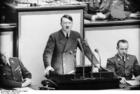 Foto Berlijn - reichstag - redevoering Hitler (2)