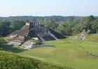 Foto maya tempel Comalcalco