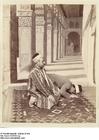 Foto Muzelmannen bidden in de Grote Moskee van Dumas