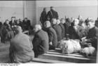 Foto Polen - Ghetto Warschau - mannen wachten