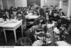 Foto Polen - Ghetto Warschau - naaiatelier (2)