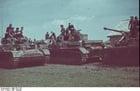 Foto Rusland - soldaten met Panzer