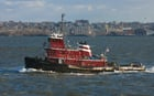 Foto sleepboot in de haven van New York